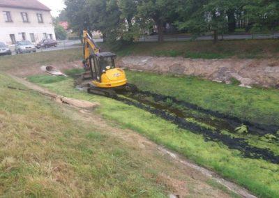 Čištění vodní nádrže